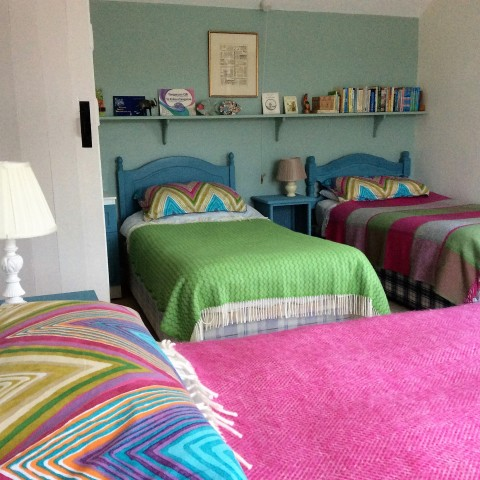 Cliff Cottage single beds x3